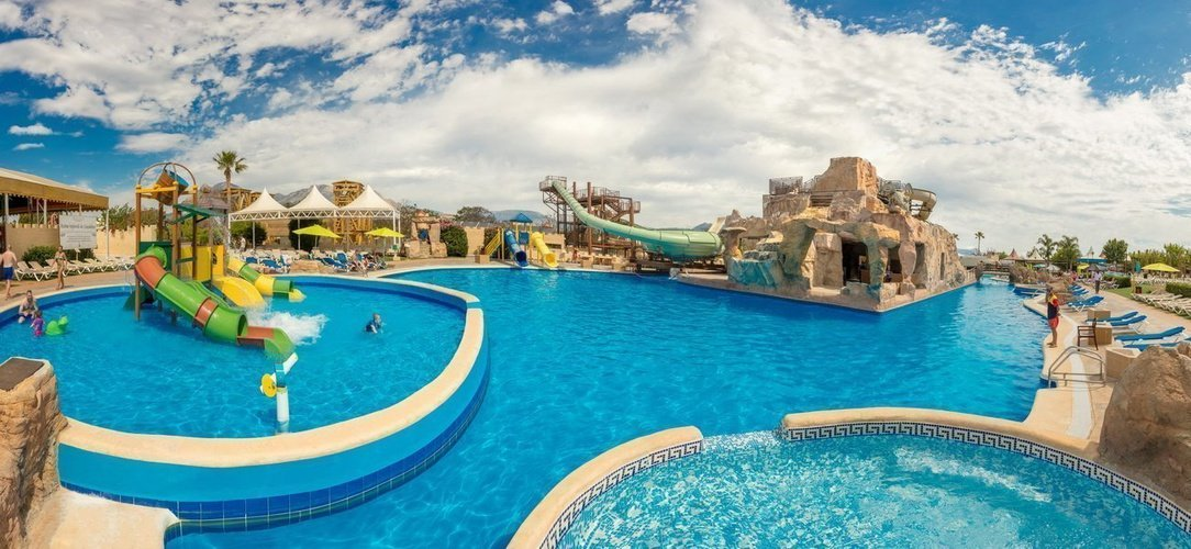 Magic Aqua Experience™ - Piscina Parque Vacacional Magic Robin Hood Alfaz del Pi