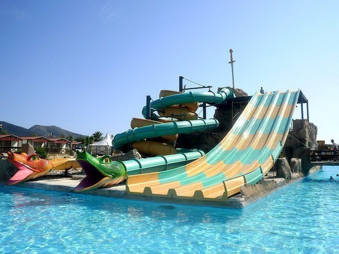 Magic Aqua Experience™ - Multilane and Speed Hole Parque Vacacional Magic Robin Hood Alfaz del Pi