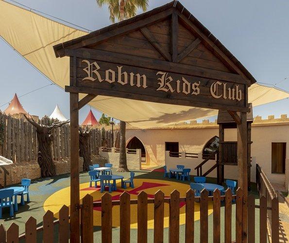 Juegos infantiles parque vacacional magic robin hood alfaz del pi