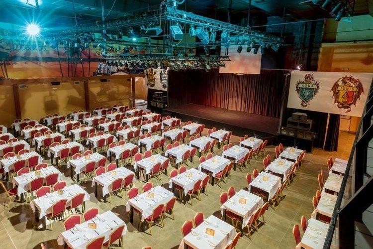 Restaurante 'lionheart' parque vacacional magic robin hood alfaz del pi
