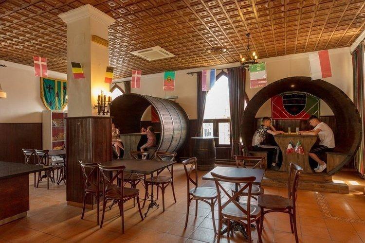 'friar tuck inn's' parque vacacional magic robin hood alfaz del pi