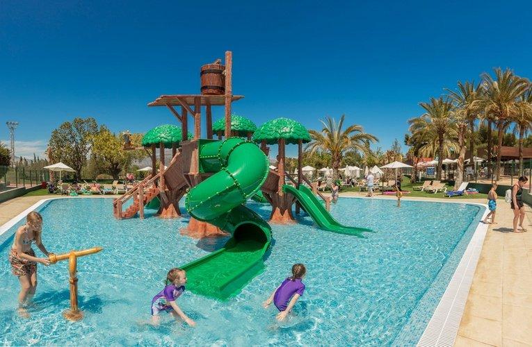 Club 'la marina' parque vacacional magic robin hood alfaz del pi